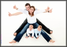 portrait de famille en studio paris s ance photo en famille photosfashion. Black Bedroom Furniture Sets. Home Design Ideas